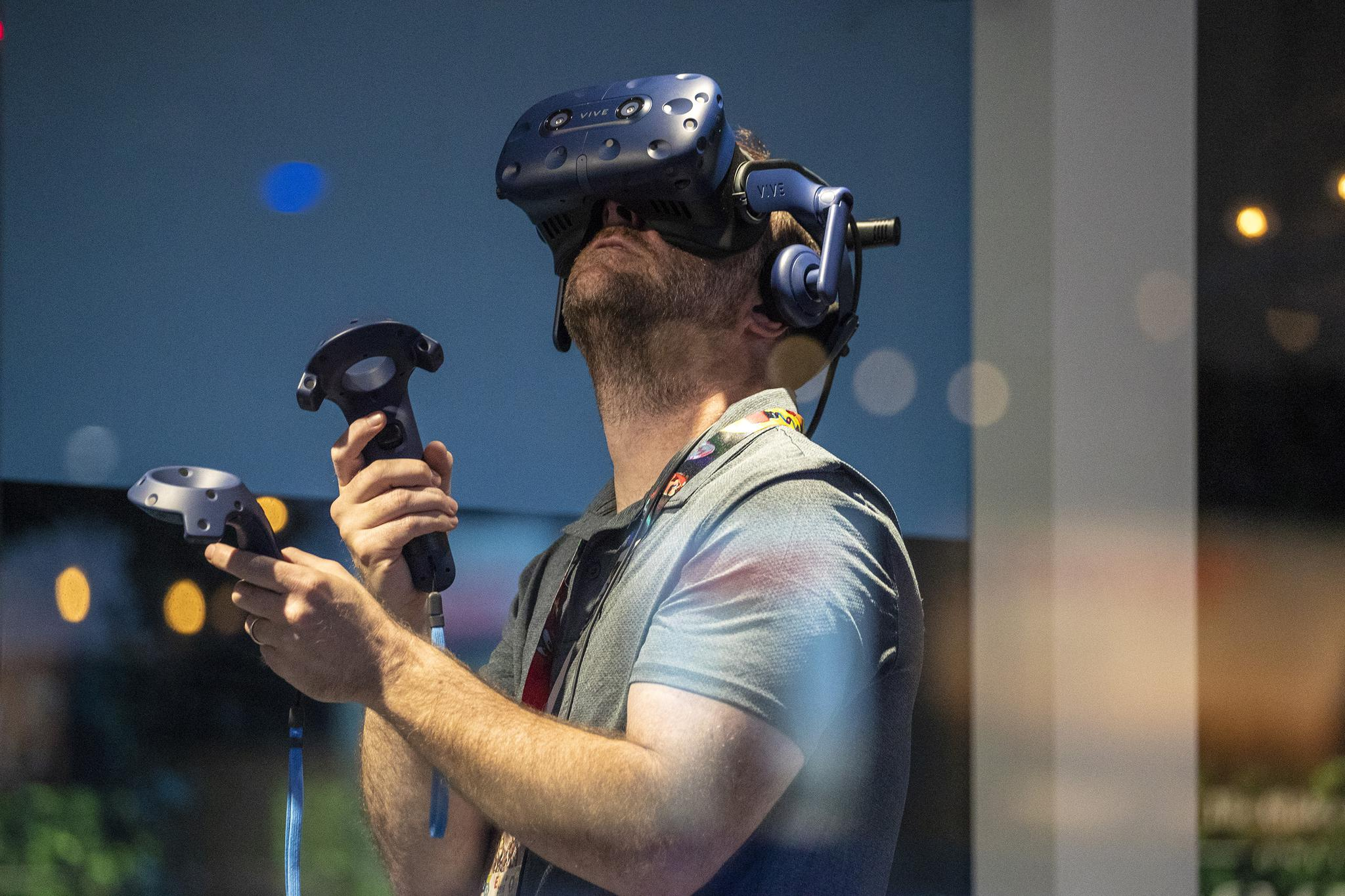 E3 Expo Highlights Virtual Reality's Never-ending Challenge: To Get