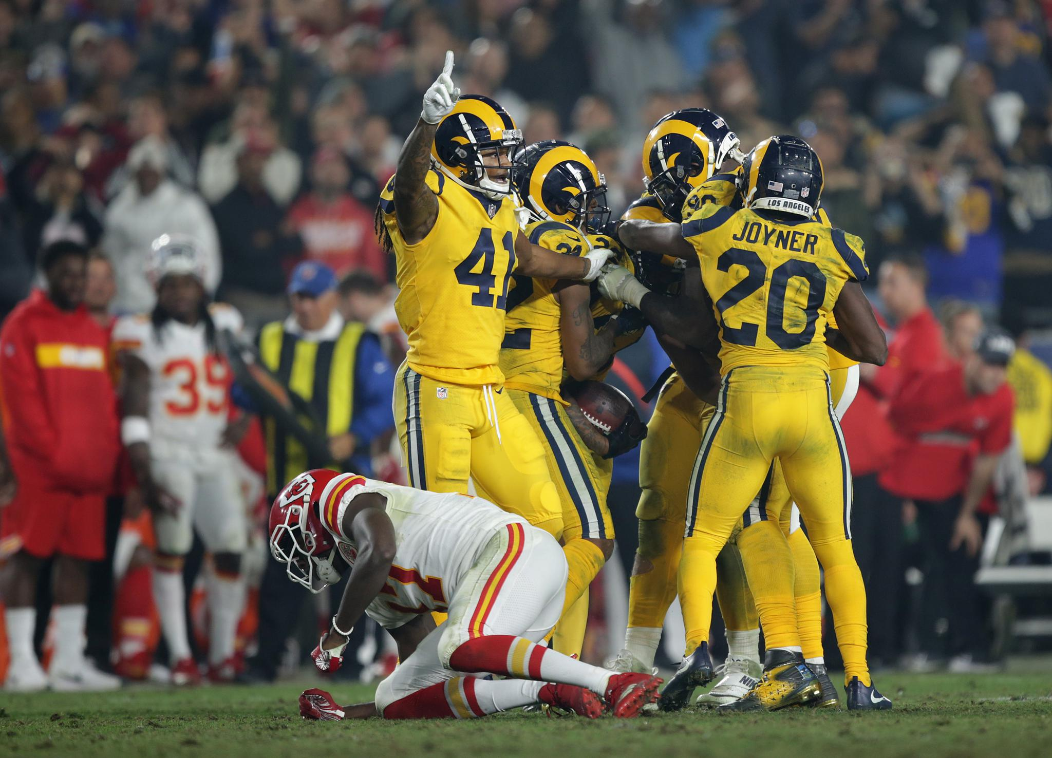 bb76e261 Rams' Game Isn't Just About Winning, But Giving LA A Boost | Scribd