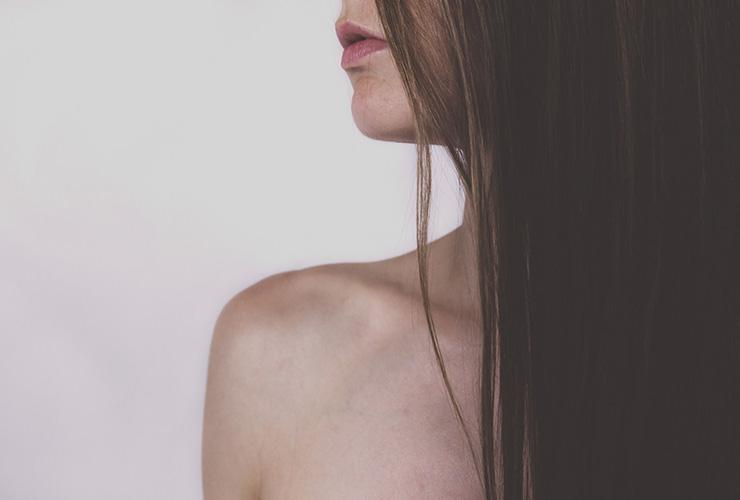 10 Skin Care Tips for Healthy Aging by Meghan Hammond. Photograph of a woman's face, neck and shoulder focusing on her skin by Free Stocks