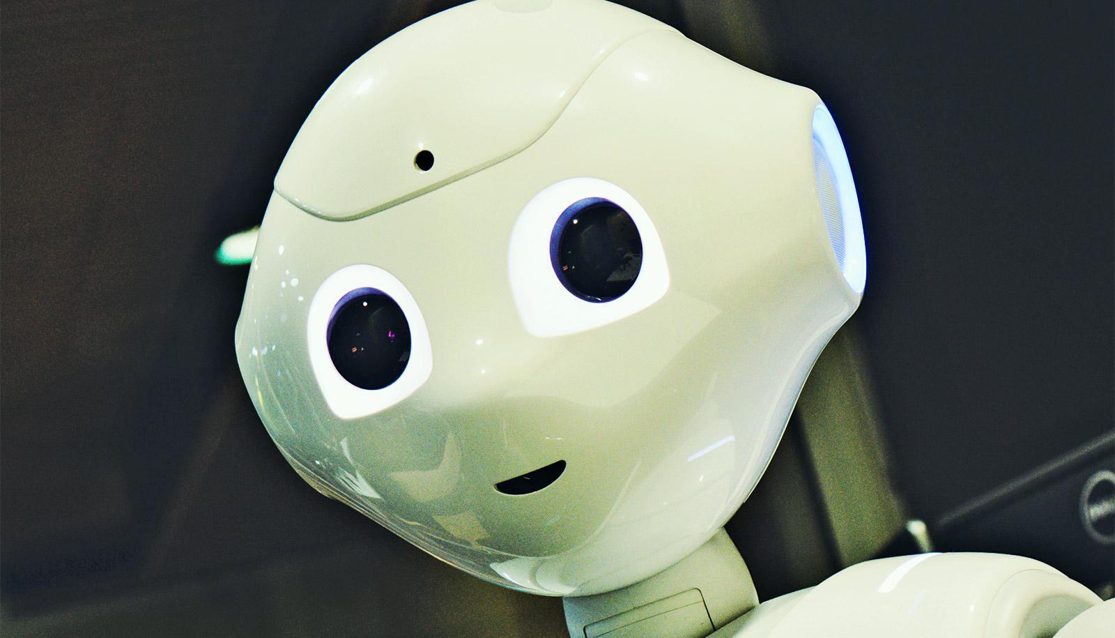 robot smiling (robots concept)