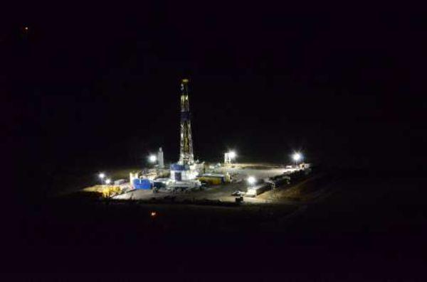 Shale Gas Drill Rigging at night