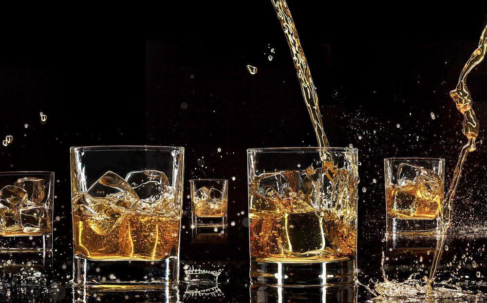 Chemists Confirm That Whiskey Really Does Taste Better With A Splash