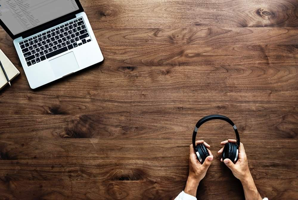 Best headphones for an open office floorplan