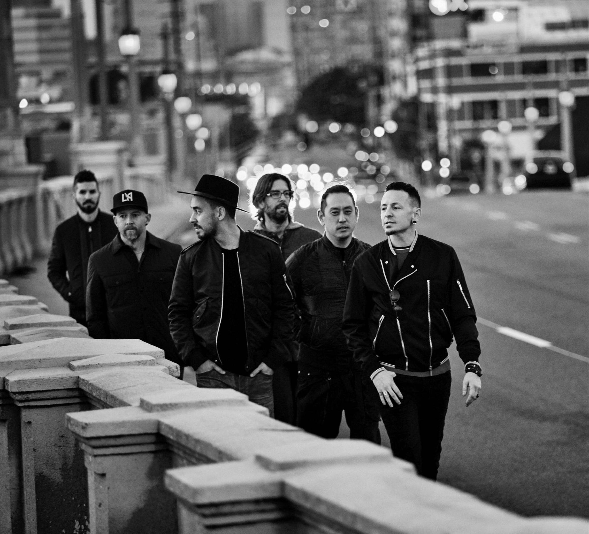 New Linkin Park Live Album Packs a Punch of Sorrow | Scribd