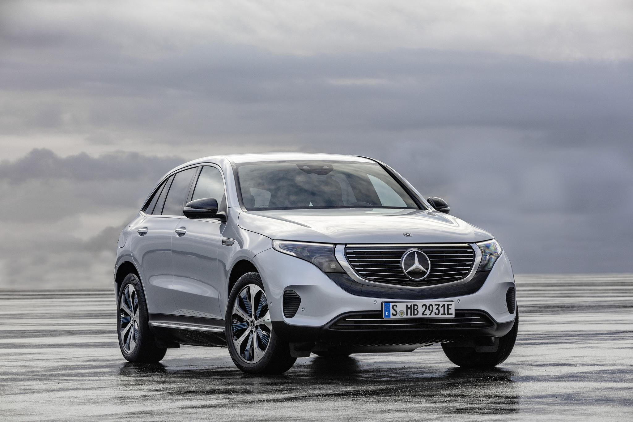 Auto Review Mercedes Benz Eqc Electric Crossover Juices