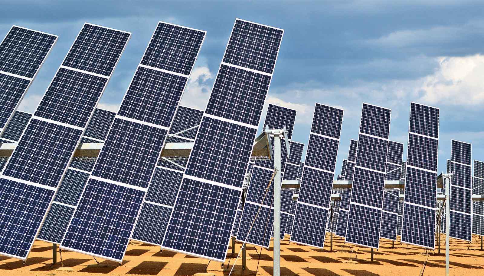solar panels in the desert (carbon nanotubes concept)