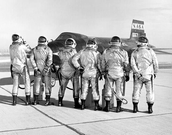 x-15 crew