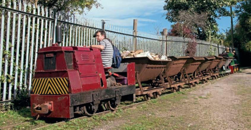 Little Railway That Serves A Manchester Boatyard | Scribd