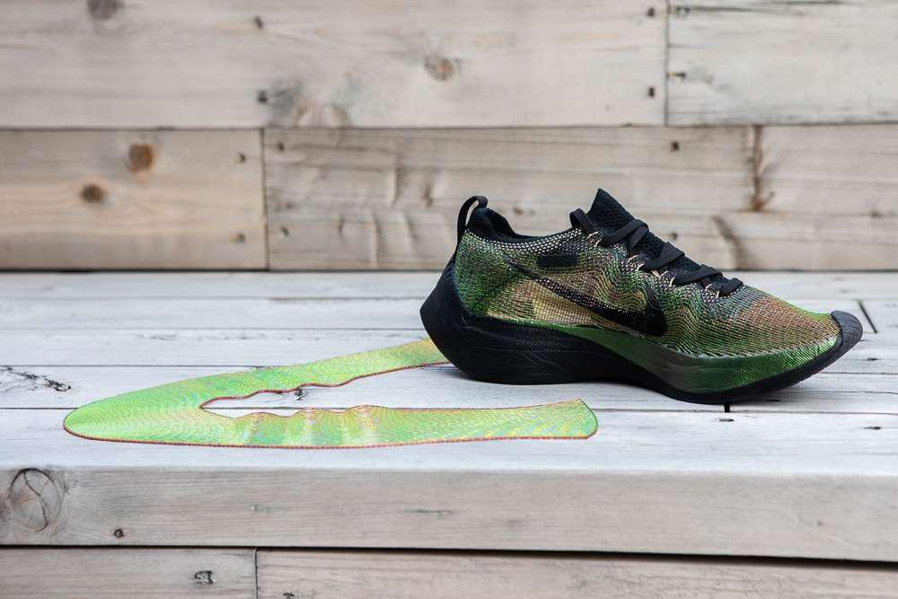 release date: 1532e 61bd7 ... Hacked A 3D Printer To Make Its New Shoe For Elite Marathon Runners For  Later. Nike Flyprint
