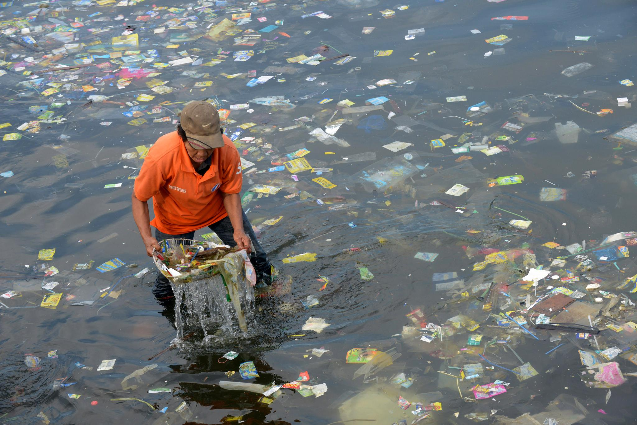 Plastic is found in small concentrations in oceans around the world—Manila Bay is an extreme example.