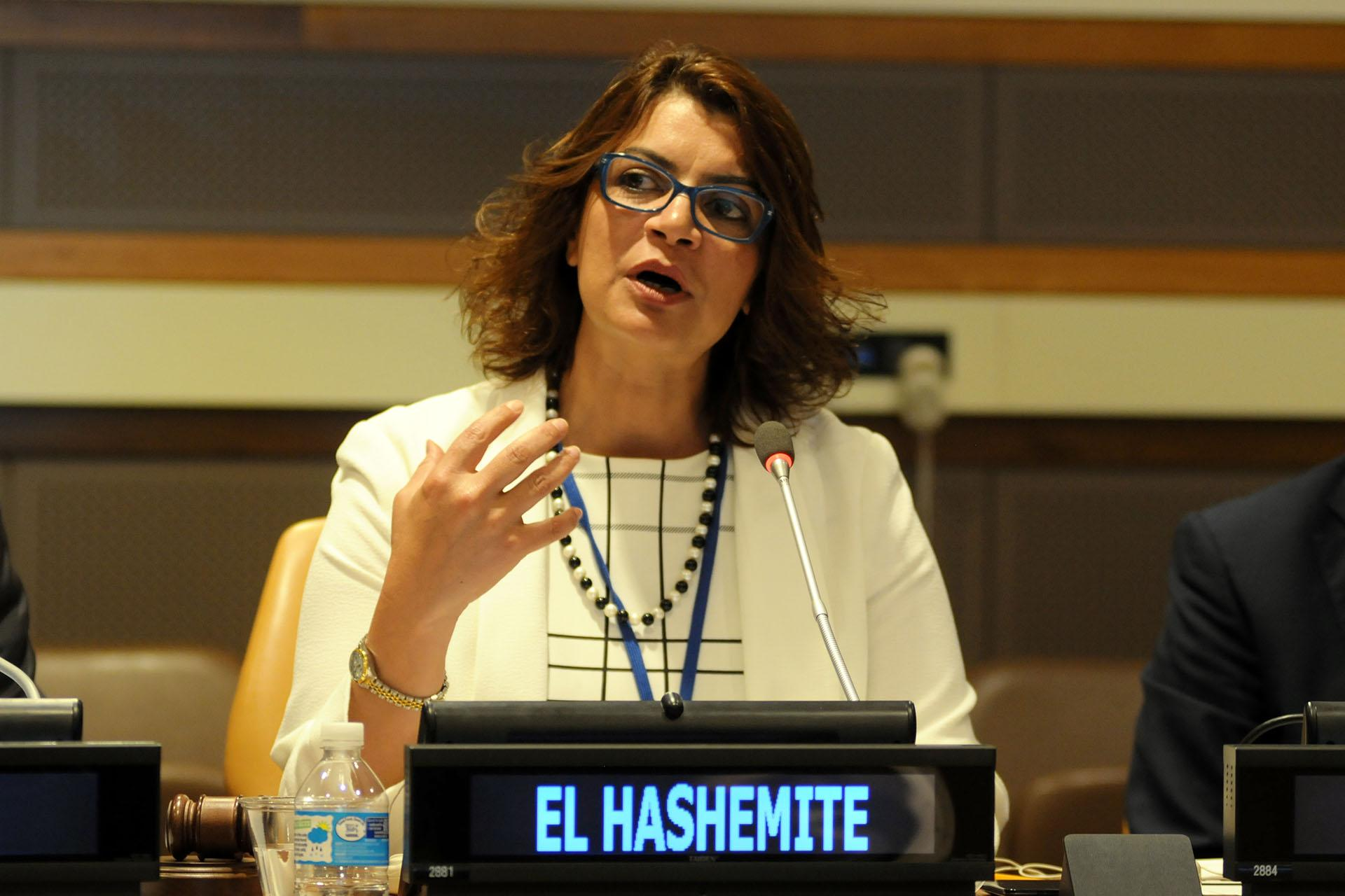 Nisreen El-Hashemite speaks at Aci Schools in Istanbul. El-Hashemite is a medical doctor, geneticist and Iraqi princess fighting for gender equality in science.