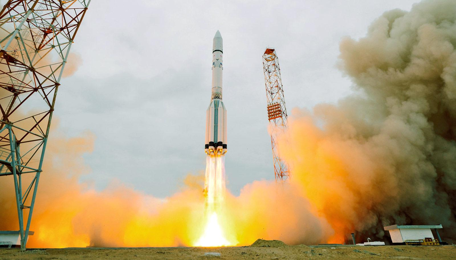 the ExoMars 2016 lifts off on a Proton-M rocket at Baikonur cosmodrome