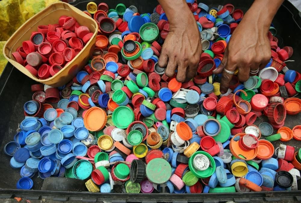 bottle caps plastic