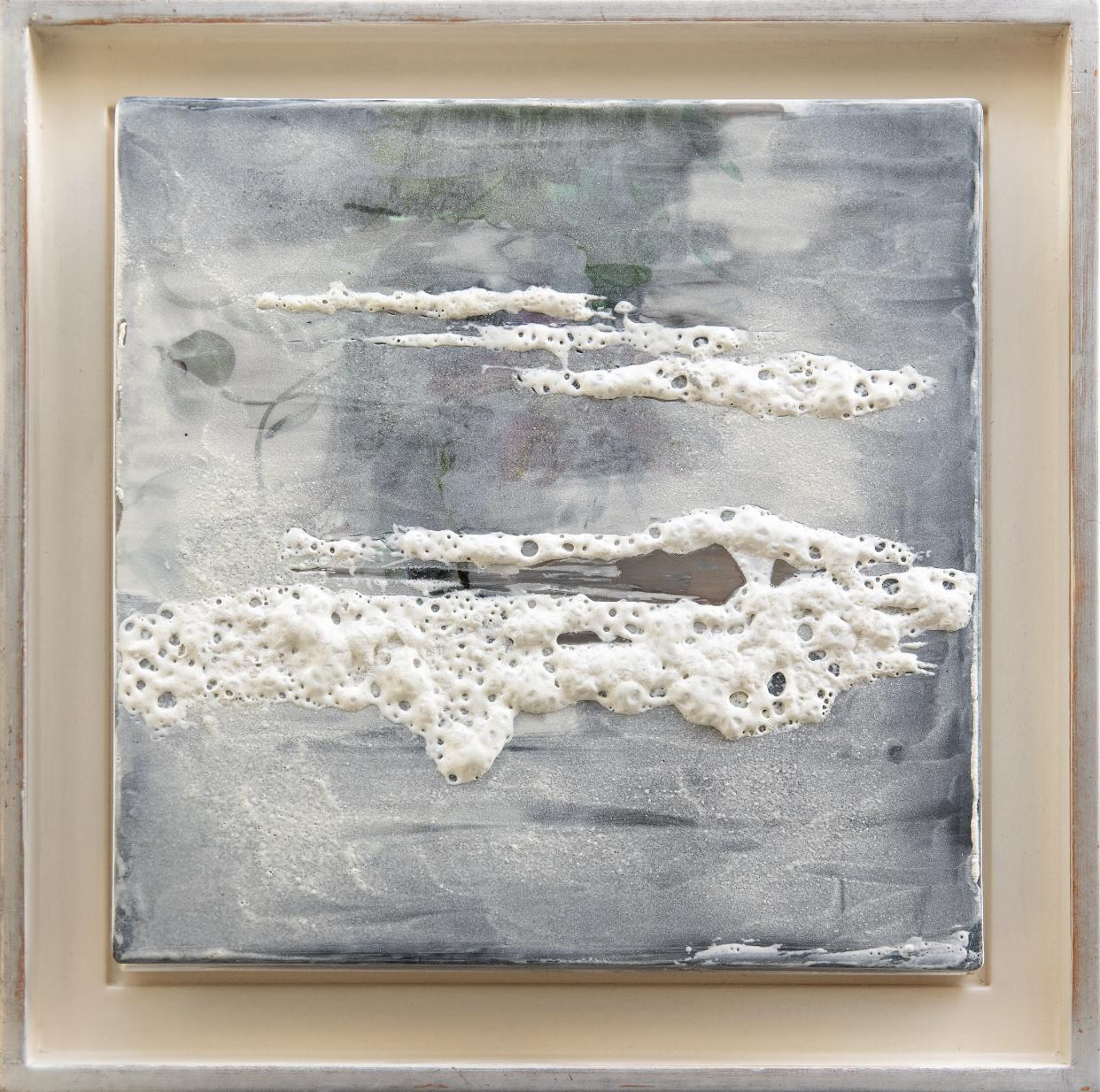 Massy Nasser Ghandi An interpretation of the Horizon Painted porcelain plate 33x33cm 2019