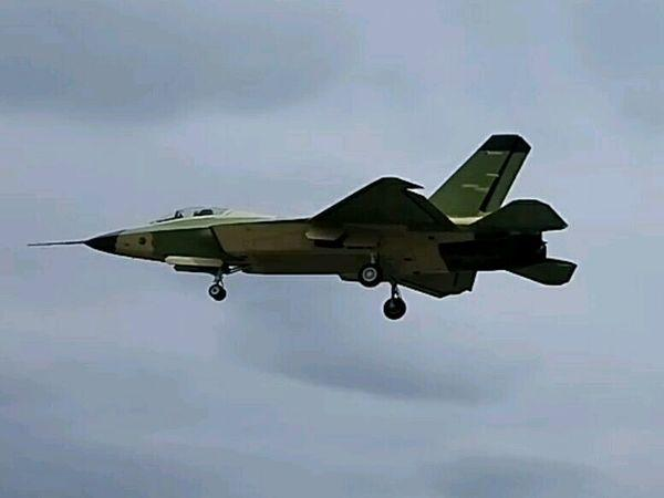 China FC-31 J-31 Fighter Stealth