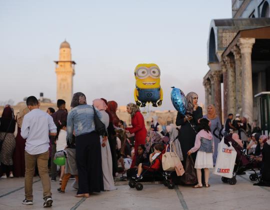 100000 Muslims Perform Eid Prayers At Al Aqsa Scribd