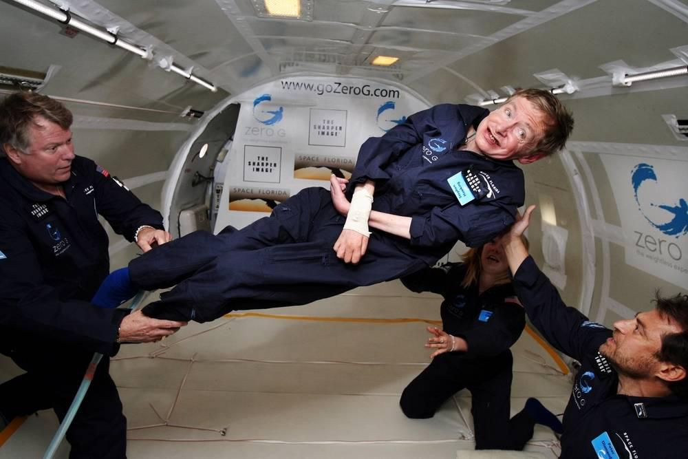 stephen hawking floats in zero gravity