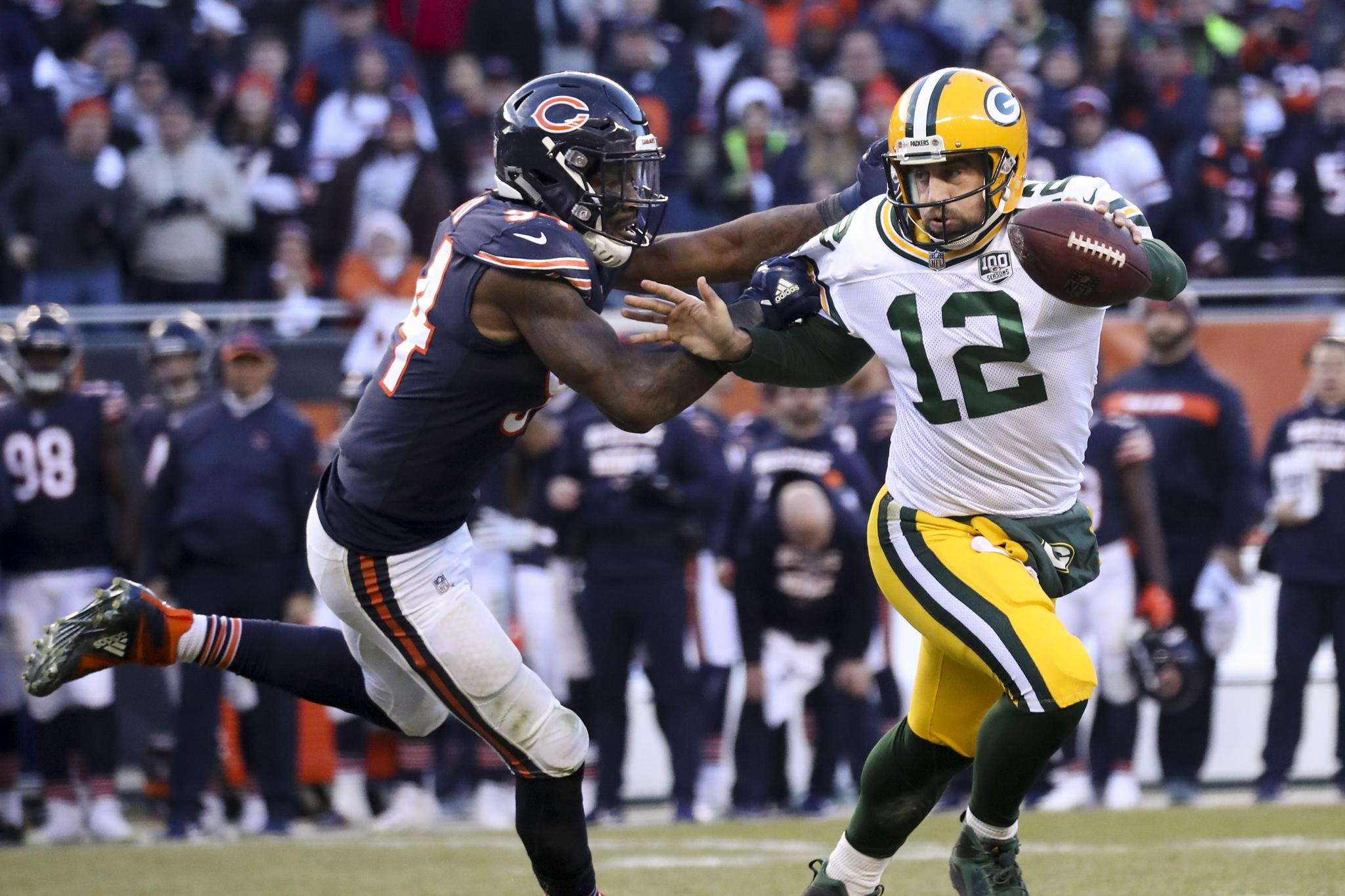 Read From Khalil Mack S Back Sack To Leonard Floyd S Finishing Touch Bears Take Down Aaron Rodgers Online